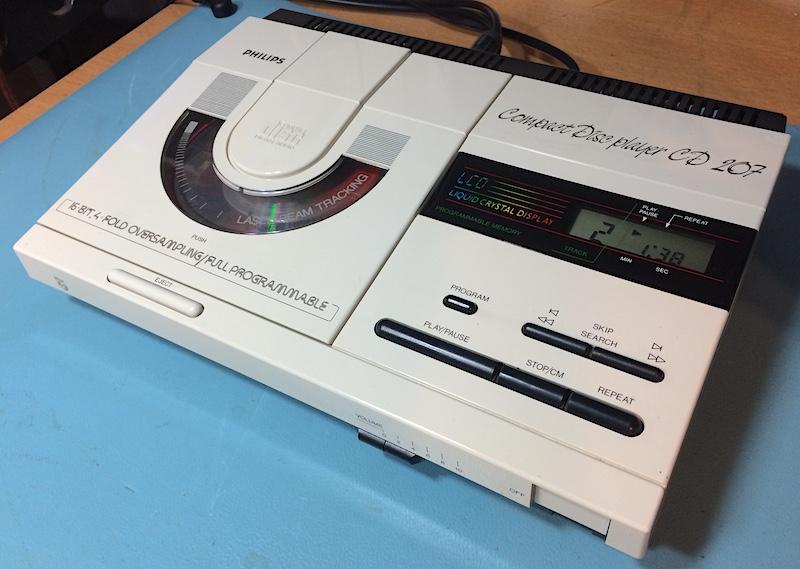 CD 207 Remote Control